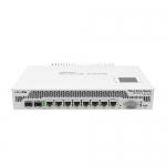 Router de 9 Núcleos, 7x GigaEthernet, 1x Ether/SFP, 1x SFP+, PC.